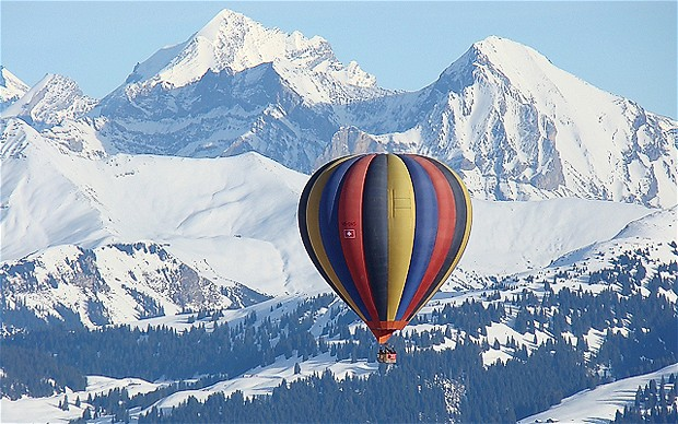 balloon-switzerlan_2288933i