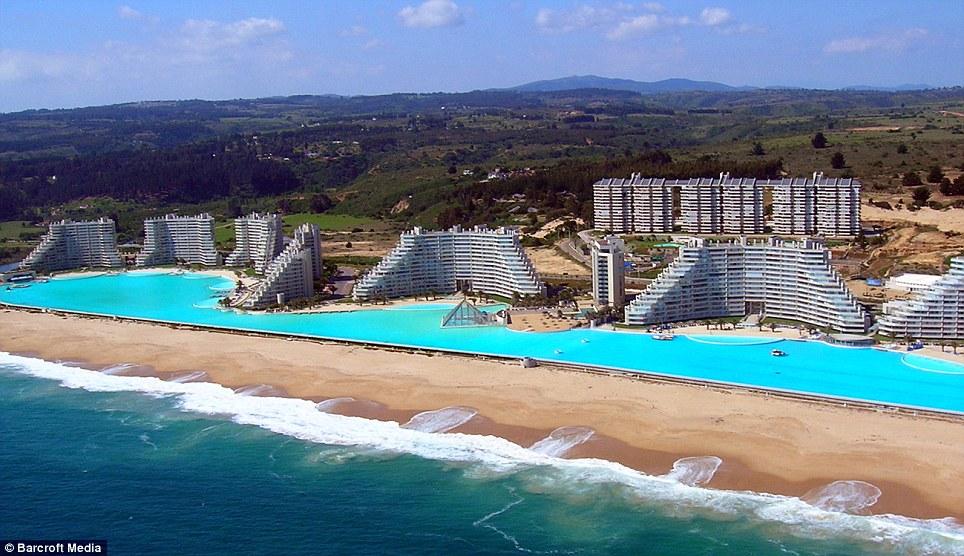 San Alfonso del Mar – največji bazen na svetu