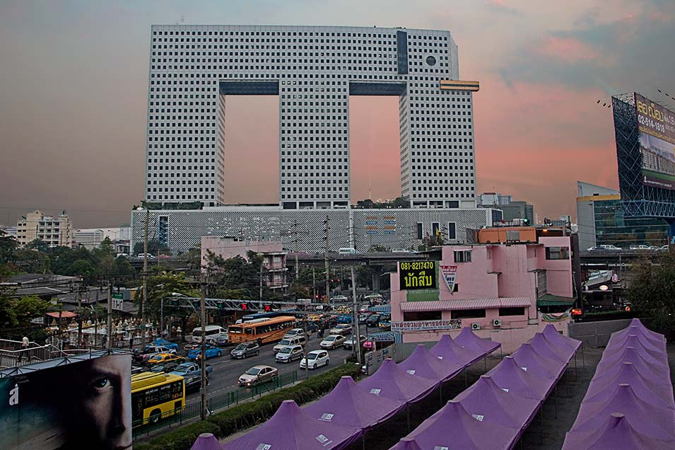 Elephant-Building