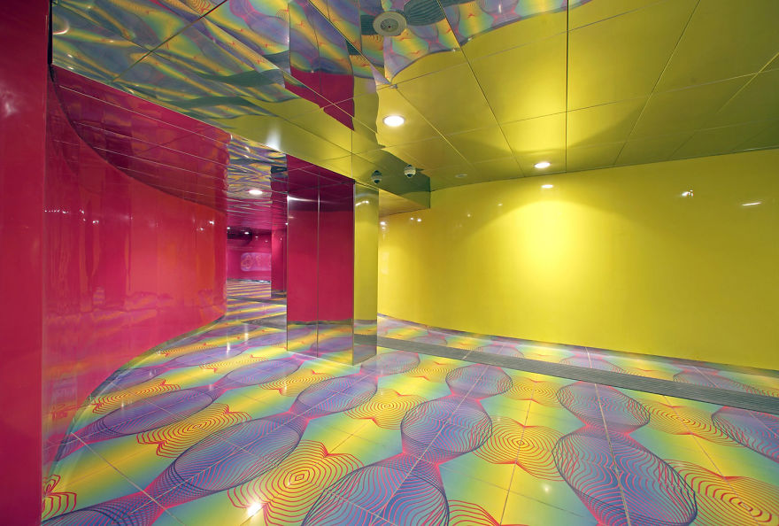 impressive-metro-subway-underground-stations-37__880