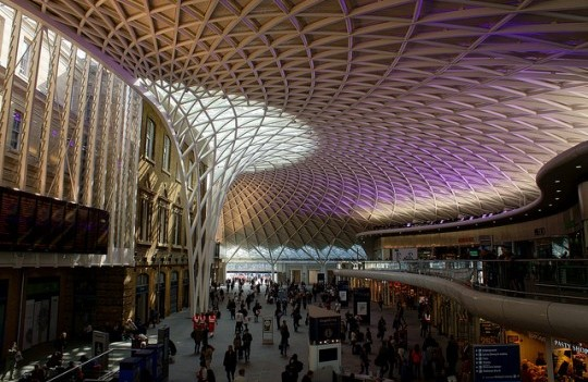 kings-cross-station-london-e1335975800746