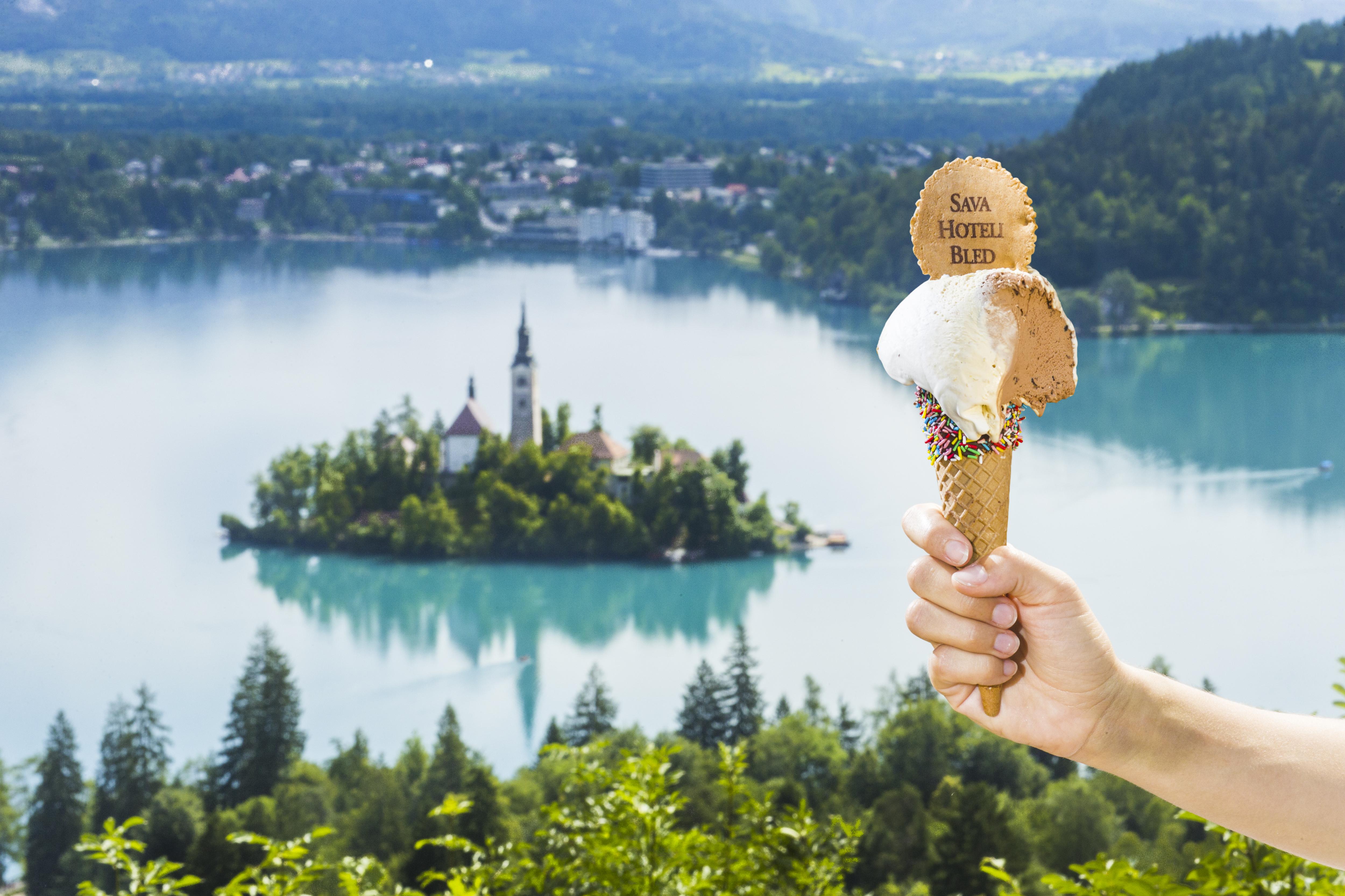 Sladoled na Bledu