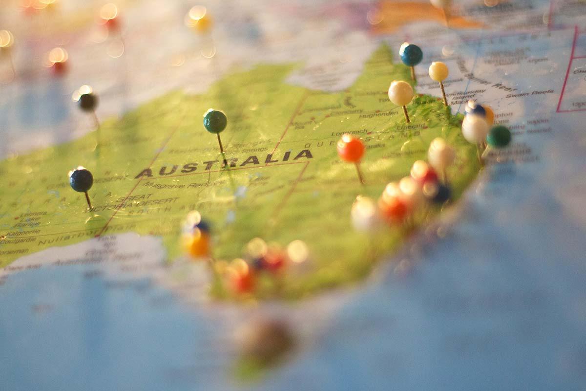 Avstralija – sončna in sproščeno  nasmejana