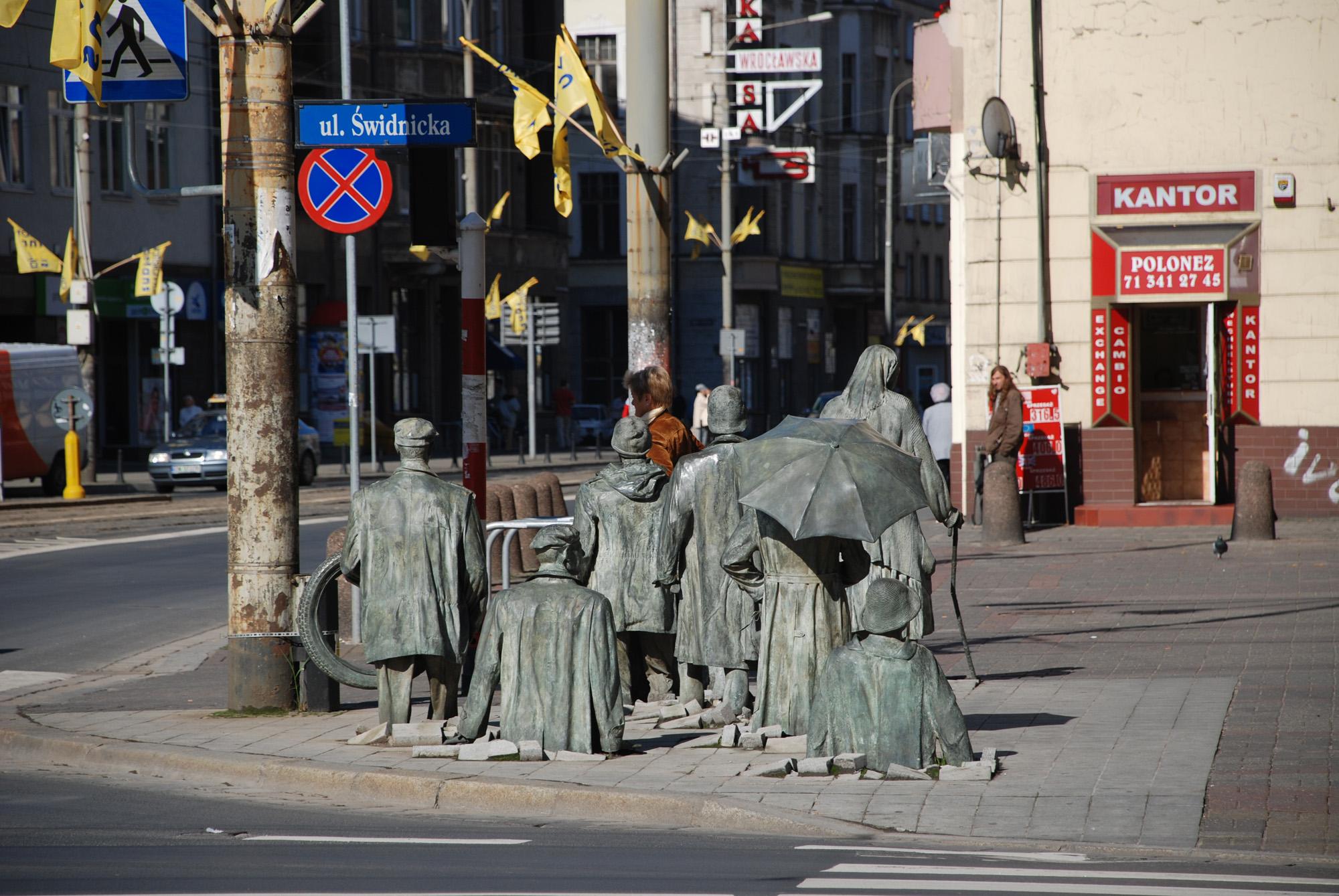 Kam izginjajo kipi v Wroclawu?